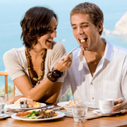 Cum sa intretinem fericirea in cuplu dincolo de luna de miere