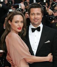 cuplul Jolie - Pitt a semnat un contract prenuptial