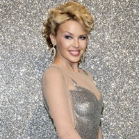 Kylie Minogue e din nou singura, dupa o relatie de cinci ani
