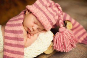 Mituri şi superstiţii despre bebeluşii născuţi de Revelion