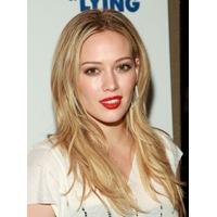 Hilary Duff divorteaza dupa trei ani de mariaj
