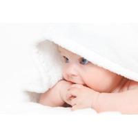 hernia ombilicala la bebelusi