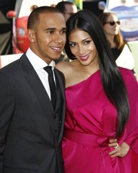 in sfarsit! Nicole Scherzinger si Lewis Hamilton s-au logodit