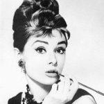 Audrey Hepburn a fost desemnata cea mai frumoasa femeie din ultimii 50 de ani