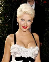 Christina Aguilera va avea o fetita