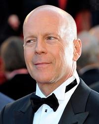 Bruce Willis a devenit tatic pentru a cincea oara