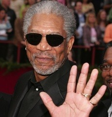 Morgan Freeman se mentine prin sex