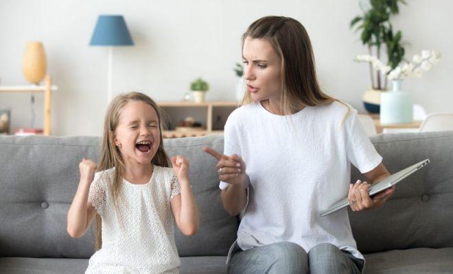 Puterea cuvintelor în relaţia părinte-copil