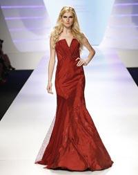 Cristina Maria Saracut a fost desemnata a treia cea mai frumoasa femeie din lume