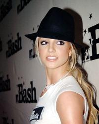 Britney Spears se iubeste cu un producator de televiziune