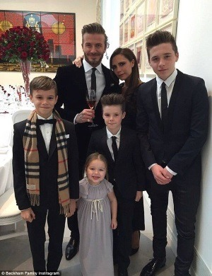 Victoria si David Beckham au aniversat 16 ani de mariaj