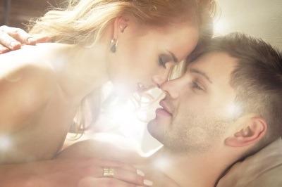 Din secretele atingerilor erotice