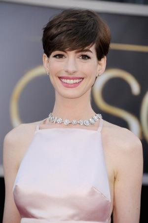 Anne Hathaway, insarcinata cu primul copil