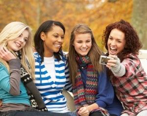 4 tipuri de prietene pe care trebuie neaparat sa le ai