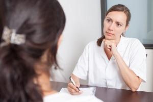 Cum decurge prima vizita la ginecolog?