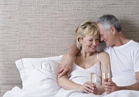 Remedii naturiste pentru menopauza