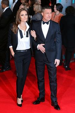 Angelina Jolie si Brad Pitt isi negociaza divortul