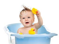 Temperatura-apei-la-baita-bebelusului