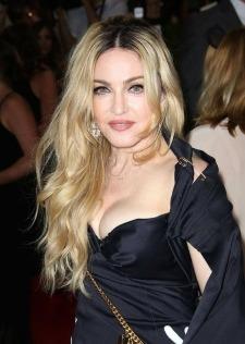 Madonna are un iubit cu 32 de ani mai tanar