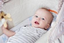Cauzele febrei la bebelusi