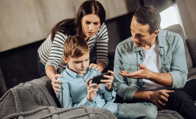 Greşelile părinţilor în educaţia copiilor