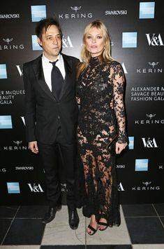 Kate Moss si Jamie Hince, oficial divortati