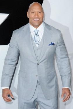 """Dwayne Johnson a primit titlul de """"cel mai sexy barbat in viata"""""""