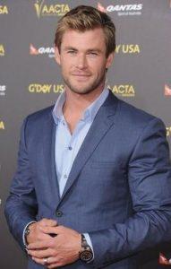 """Chris Hemsworth, desemnat """"barbatul anului"""""""