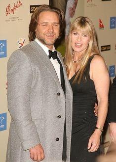 Russell Crowe si Terri Irwin nu isi mai ascund relatia