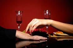 Cina romantica la tine acasa? Iata ce trebuie sa faci!