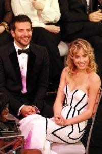 L-a dat uitarii pe Bradley Cooper! Suki Waterhouse are un nou iubit!