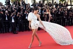 Cannes 2017: Cele mai sexy aparitii de pe covorul rosu