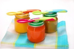 10 alimente crude benefice pentru bebelusul tau