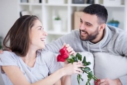 """8 feluri in care femeile ar vrea sa li se spuna """"Te iubesc!"""""""