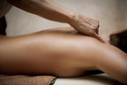 Importanta masajului de relaxare in relatia de cuplu