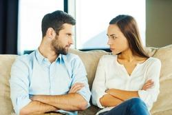 Cele mai intalnite scuze pe care le folosim pentru a ramane intr-o relatie nepotrivita