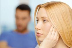 5 greseli ale femeilor pentru care sunt parasite de barbati