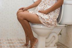 Cum putem combate constipatia pe parcursul sarcinii?