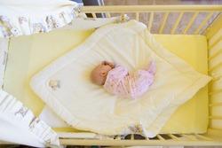 Este indicat sau nu sa lasi copilul sa doarma cu voi in pat?