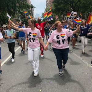 Controversa homosexualitatii si cuplurile celebre de gay care au devenit parinti