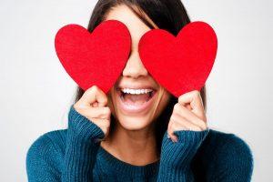 Ce cred cu adevarat barbatii despre Valentine's Day si Dragobete?
