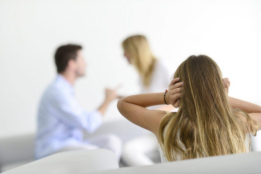 Părinte după divorţ. Cum pregătim copiii?