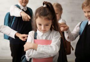Cum învăţăm copilul să se apere de copiii agresivi