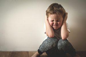 Cum trebuie să ne comportăm cu copiii cu deficienţe