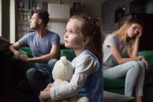 Pregăteşte-ţi copilul pentru divorţ. Ce trebuie şi ce nu trebuie spus