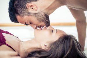 Cât de des ne sărutăm și ce reprezintă sărutul pentru fiecare zodie în parte
