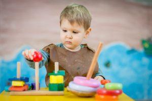 Principiile Montessori în educaţia copilului tău
