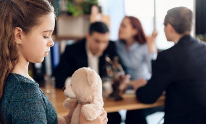 efecte divorţ, minori, procesul divorţului, divorțul părinților, părinții au divorțat,