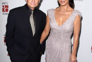 Catherine Zeta-Jones şi Michael Douglas